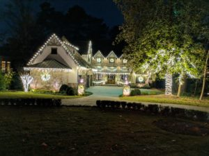 Outdoor LED Landscape Lighting Pros & Christmas Light Installation Pros in Milton GA